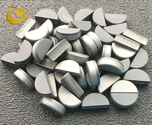 PDC stone composite sheet is a diamond powder and cemented carbide substrate sintered under high temperature and pressur